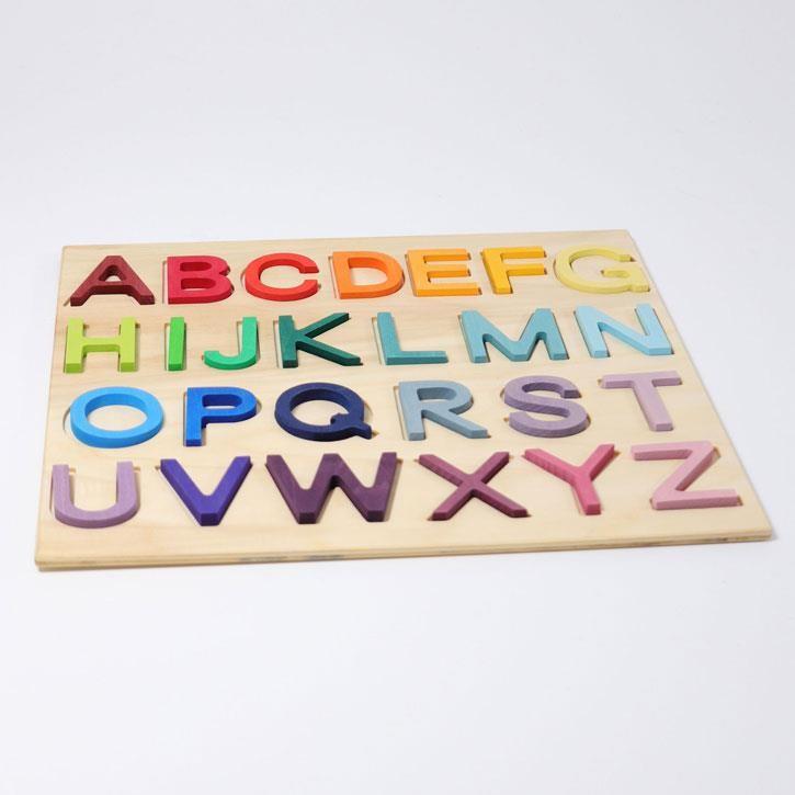 Grimms Holzbuchstaben Spiel, im Rahmen